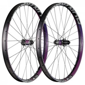 "Bontrager Line Plus TLR Disc 29"" Boost Wheel"