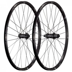 Bontrager Race Lite 27.5 TLR Disc CL Wheel