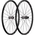 """Bontrager Race X Lite 26"""" TLR CL Disc Wheel"""