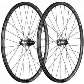Bontrager Rhythm Pro 29 TLR Disc Carbon Wheel